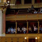 Les Femen perturbent une séance au Sénat