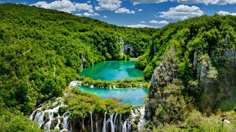 En croatie le parc national des lacs de plitvice fascine - Conseil national des parcs et jardins ...