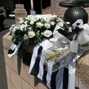 Un club de foot anglais rend hommage à deux supporteurs morts dans le vol MH17