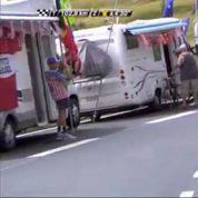 Tour de France: un coureur s'arrête dans un camping-car ... pour aller aux WC