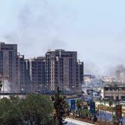 Les combats s'amplifient àl'aéroport deTripoli