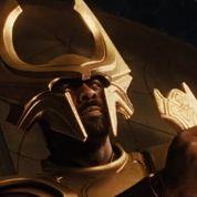 Idris Elba à la Cour du roi Arthur