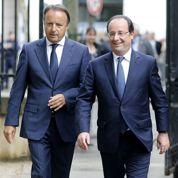 Bel fait son pot de départ au Sénat, en présence de Hollande