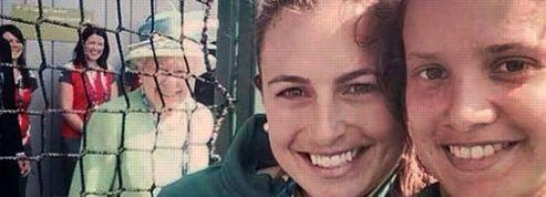 La Reine d'Angleterre s'invite sur un selfie