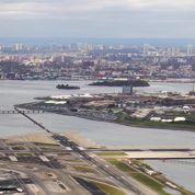 À New York, les détenus adolescents de Rikers Island vivent un enfer