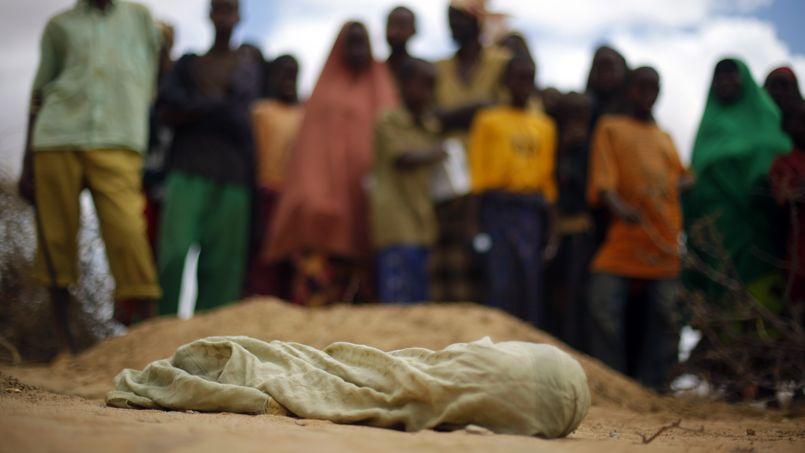 Aujourd'hui, plus de la moitié des enfants qui meurent à travers le monde sont africains.