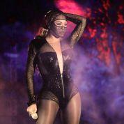 Beyoncé chante Bang Bang à Jay-Z