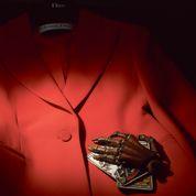 La veste Bar de Christian Dior : rendez-vous avec le destin