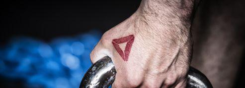 Reebok offre des cadeaux aux fans qui se feront tatouer son logo
