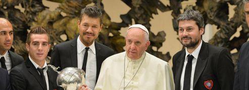 Le pape gâté par son équipe favorite en Argentine