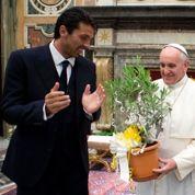 Le pape réunit des stars du foot lors d'un «match interreligieux pour la paix»