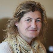 Julie Brochen ou la mauvaise comédie du pouvoir