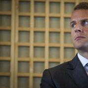 Macron durcit le ton avec les patrons