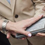 Prêtera-t-on bientôt serment sur une tablette numérique en France ?