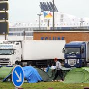 Migrants: la tension monte d'un cran au port de Calais