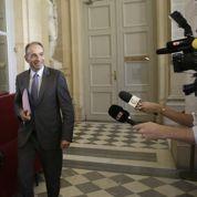 Copé vote Sarkozy mais réactive ses réseaux
