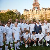 Un match de foot, rare moment de détente de la rentrée des députés