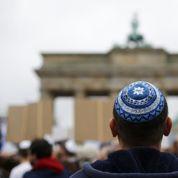 Des milliers d'Allemands réunis à Berlin contre l'antisémitisme