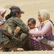 En Syrie, les femmes kurdes combattent les djihadistes