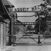 Un ancien gardien nazi d'Auschwitz inculpé en Allemagne