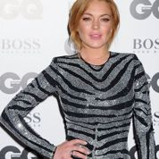 Lind­say Lohan dit avoir porté le corps de Whitney Houston