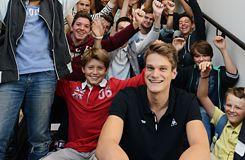Yannick Agnel s'investit pour faire rimer sport et scolarité