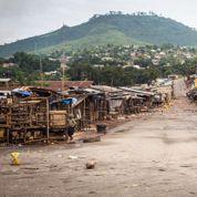 Ebola : le confinement pourrait être prolongé en Sierra Leone