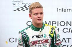 Le fils de Schumacher tente de se faire un nom en toute discrétion