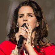 Lana Del Rey donne deux concerts dans un cimetière