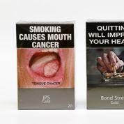 Le paquet de cigarettes neutre arrive en France