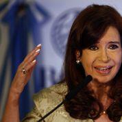 L'Argentine endettée et en récession cherche son salut en France