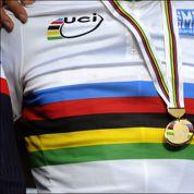 Pourquoi le maillot de champion du monde de cyclisme est arc-en-ciel