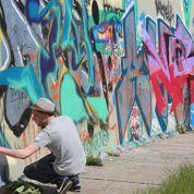 Des Berlinois mobilisés pour défendre un pan du Mur