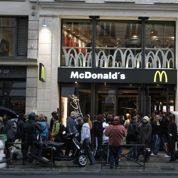 Elle se fait licencier par McDonald's pour avoir passé ses examens