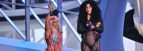 Cher félicite Lady Gaga sur Twitter