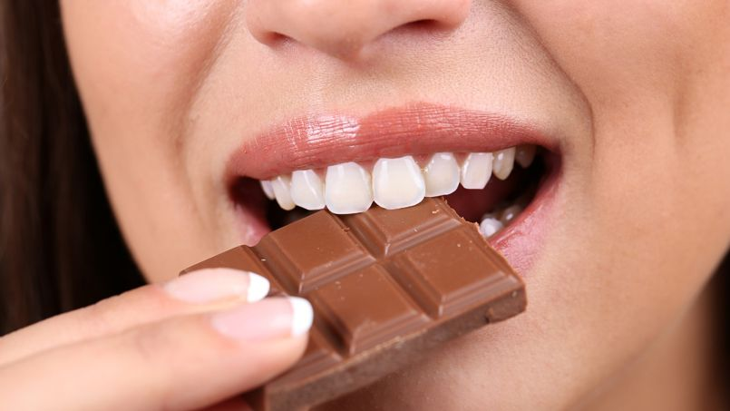 Le chocolat arrive en tête des encas préférés dans un cas sur cinq, devant les fruits frais (12%) et les yaourts (11%).