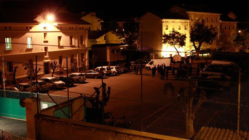 La gendarmerie d'Ajaccio visée par un attentat le 5 décembre 2013.