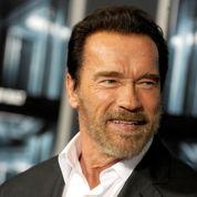 Hollande va recevoir Schwarzenegger pour parler climat