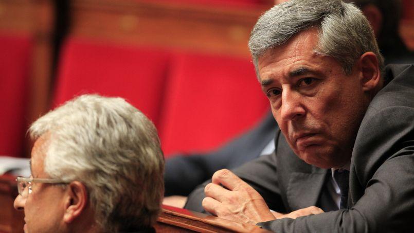 Henri Guaino demande aux députés UMP de l'accompagner au tribunal