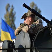 L'Ukraine veut «désoviétiser» le salut militaire