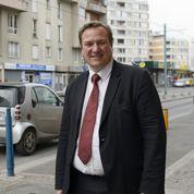 Le maire de Bobigny renonce à ses allocations chômage
