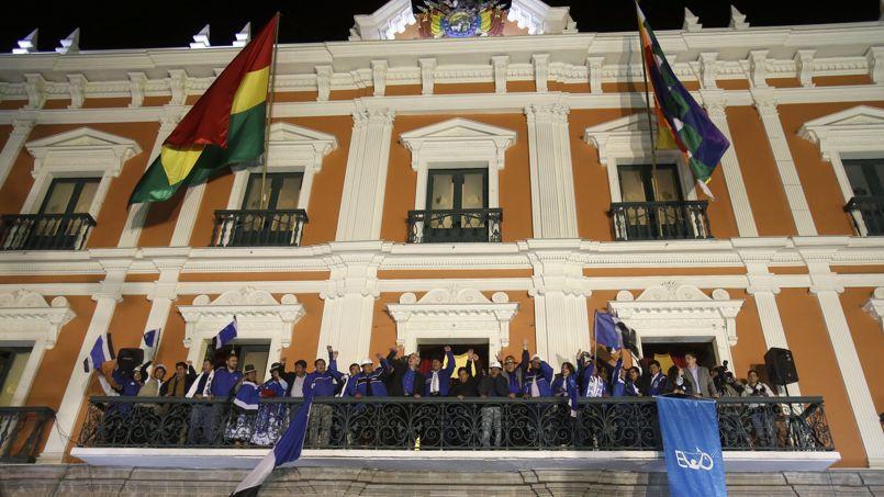 «Merci pour ce nouveau triomphe du peuple bolivien», a déclaré Morales depuis le balcon du palais présidentiel.
