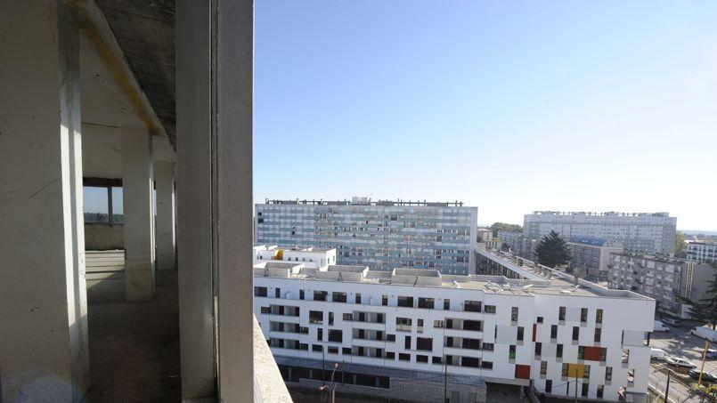 Photo prise depuis la tour Utrillo, entre Clichy-sous-Bois et Montfermeil.