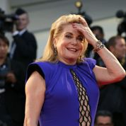 Catherine Deneuve embarrassée par les selfies
