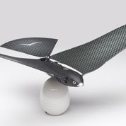 Bionic Bird, le premier oiseau dirigeable par smartphone