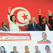Tunisie: duel entre séculiers et islamistes