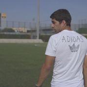 Irrité par une question sur la morsure, Luis Suarez arrête une interview