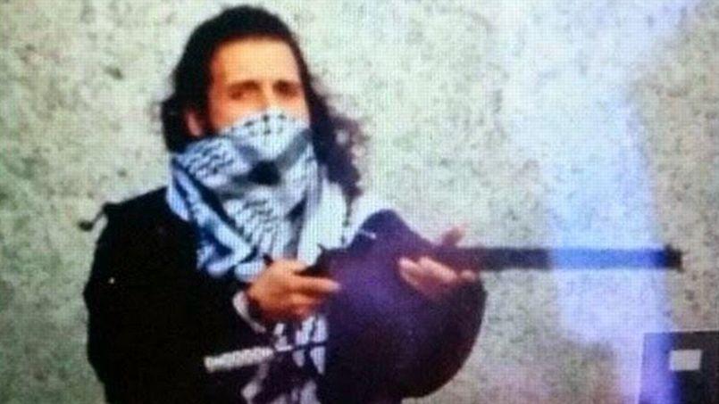 La mère du tueur d'Ottawa livre un témoignage poignant
