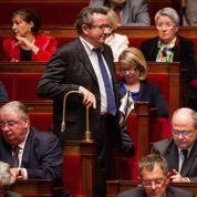 Le budget de la Sécu voté, abstention en baisse au PS