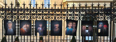 Les photos de Juliette Agnel vandalisées à Paris